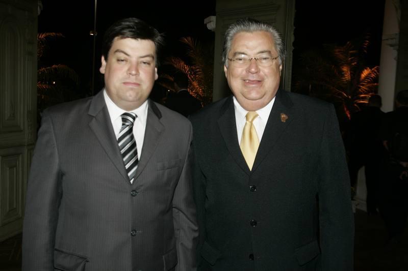 Leonardo e Roberto Farias