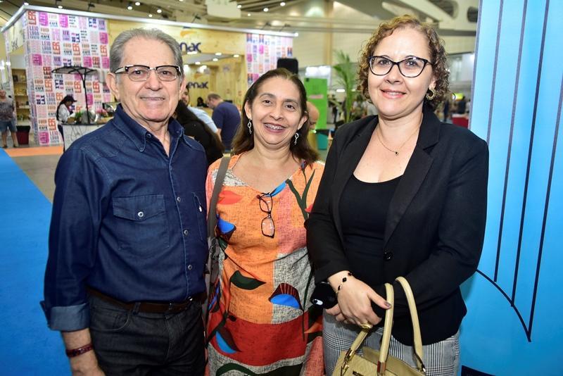 Joao Sobrinho, Meirijane Anastacio, Elizabeth Magalhaes