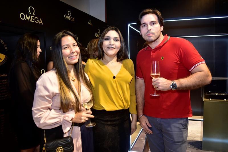 Laryssa Ikeda, Fabricia Lima, Joao Garcia