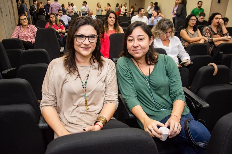 Renata Vasconcelos e Vania Caldas