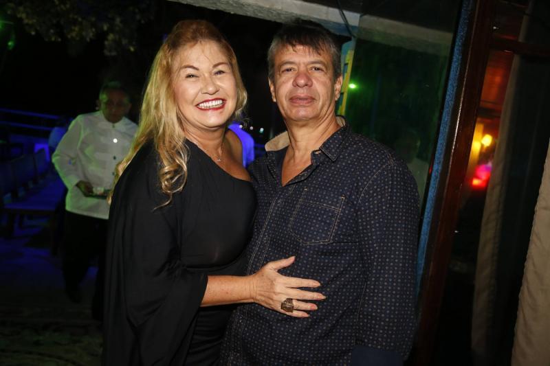 Stelinha e Marcos Salles