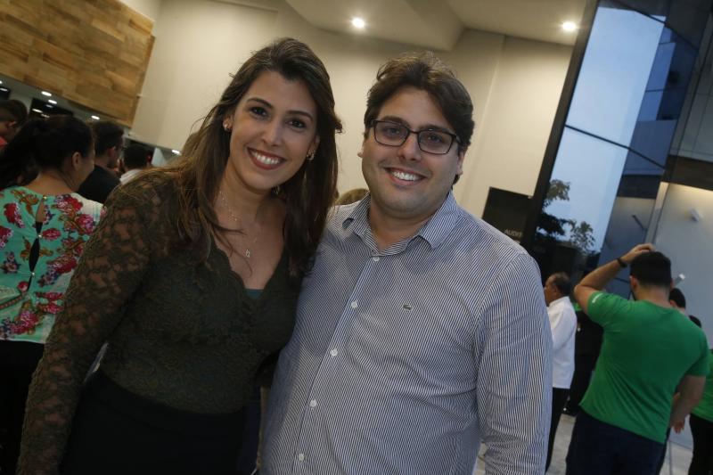 Beatriz Barreira e Uanderson Cavalcante