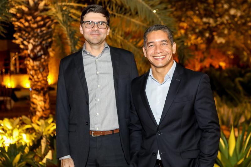 Laerte Castro Alves e Alexandre Linhares
