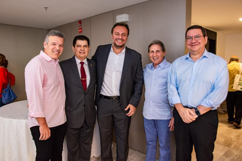 Ferruccio feitosa, Mauro Benevides, Adriano Nogueira, Vilmar Ferreira e Lucio Ferreira Gomes