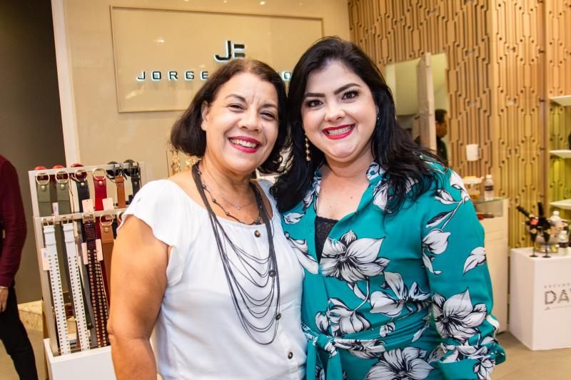 Cida Parente e Viviane Almada