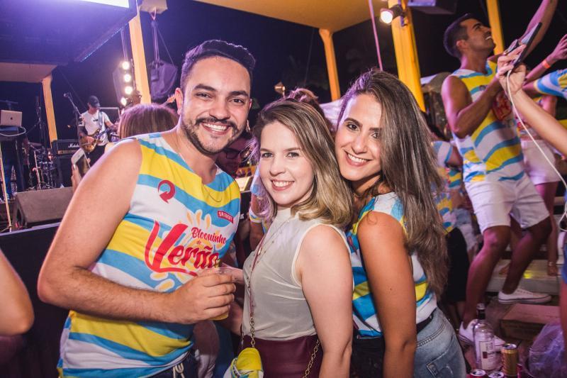 Felipe Jesus, Rebeca Moura e Julia Vieira