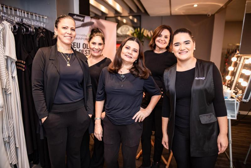 Darci Muniz, Angela Gomes, Tereza Tavora, Neuma Pompeu e Vitoria Regia