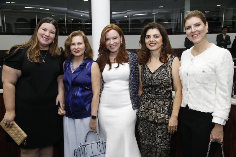 Livi Felix, Renata Jereissati, Aline Barroso, Rilka Bezerra e Carla Pereira