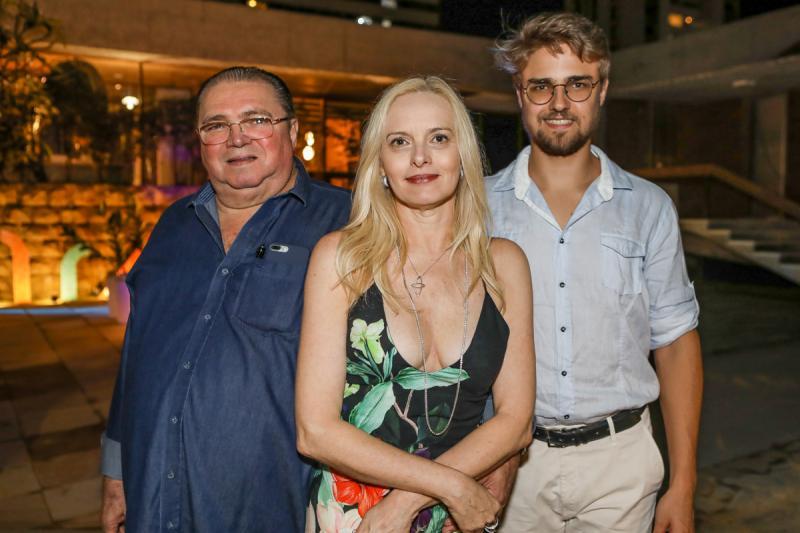 Jose, Michele e Germano Macedo