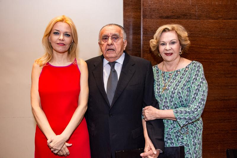 Ana Cristina Pedroso, Joao Carlos Paes Mendonca e Auxiliadora Paes Mendonca