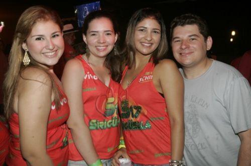 Raquel, Amanda, Gisele e Marcelo Brandao