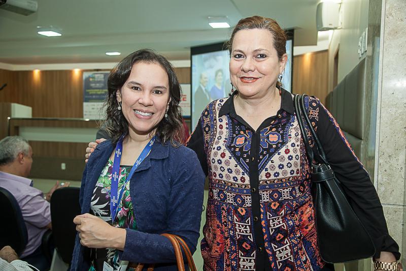 Katielia Guedes e Marta Campelo