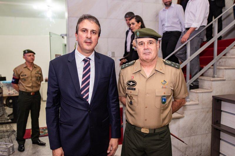Camilo Santana participa da comemoração do centenário do Colégio Militar de Fortaleza