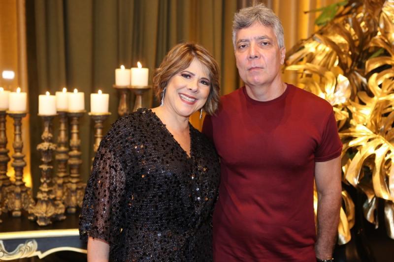 Thayssa Sanches e Carlos Cruz