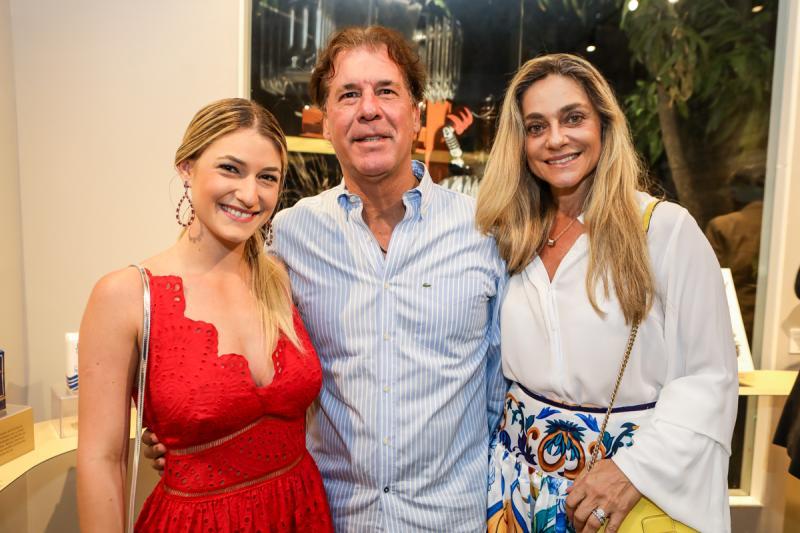 Bruna, Artur e Celia Magalhaes