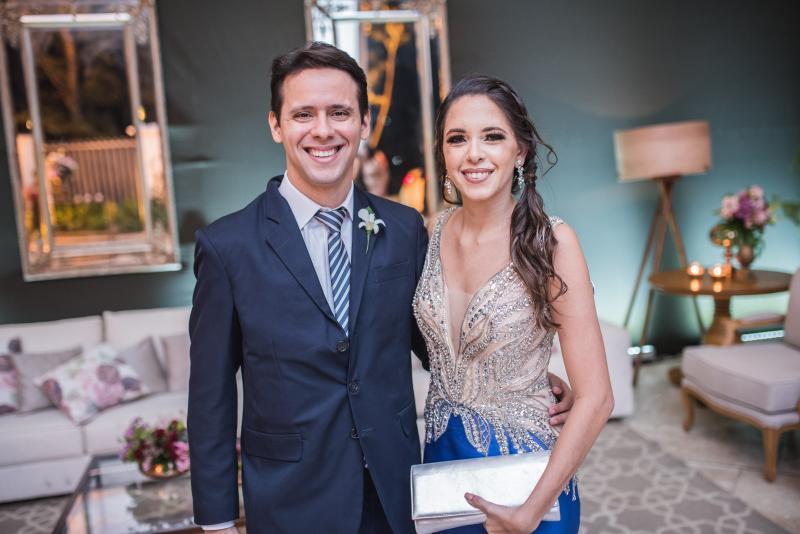 John Cordeiro e Talyta Titara