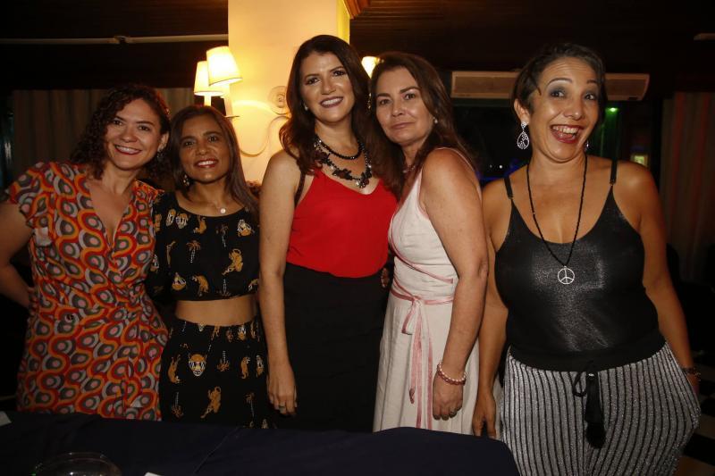 Karla Ferreira, Leane Dantas, Socorro Marques, Marcia Oliveira e Stefania Leal