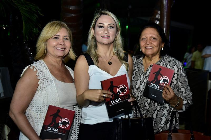 Vera Lima, Clara Petrola, Maria de Jesus
