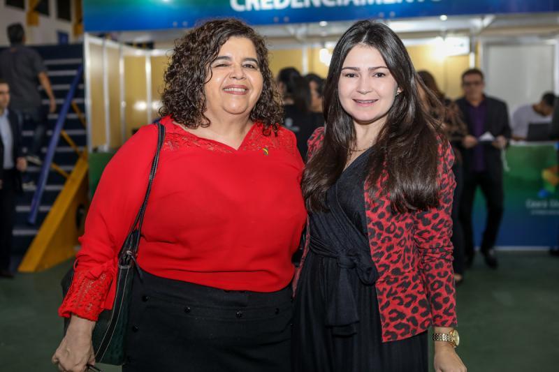 Clivania Teixeira e Darla Lopes