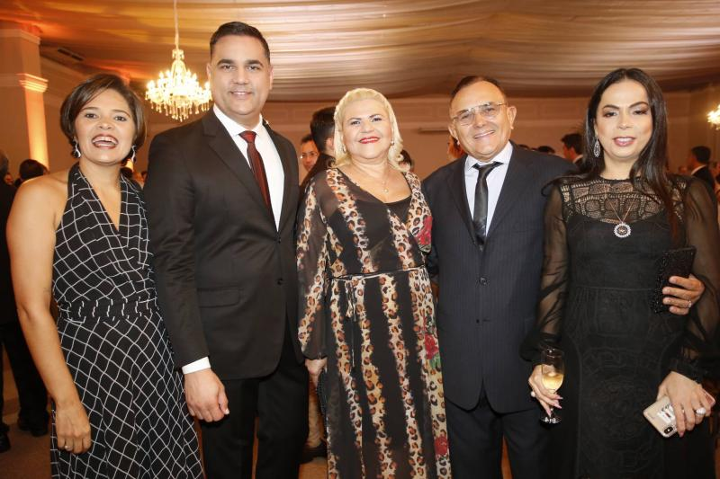Flavia Oliveira, Adriano Matos, Ranilce Barbosa, Raimundo e Roberta Philomeno