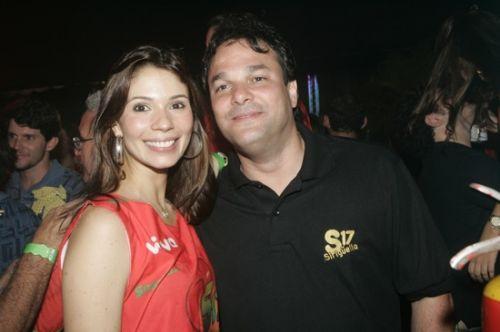 Renata Pontes e Enio Carlos