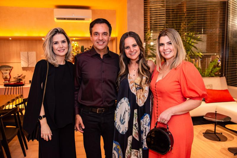 Viviane Ferreira, Marcos Novais, Ana Virginia Furlani e Liliane Meira