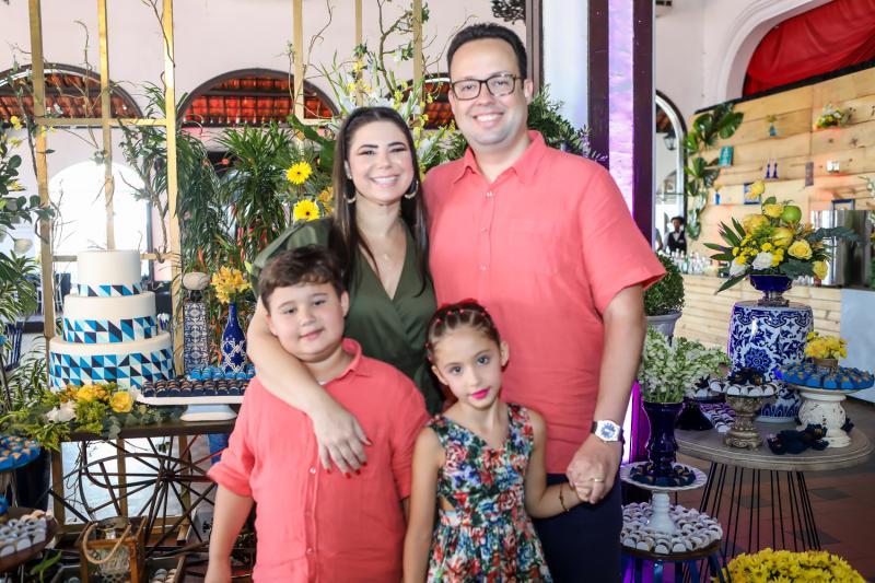 Assis, Ana Cristina, Daniel e Maria Joca