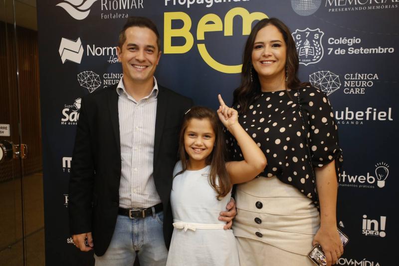 Diego Braga, Camila e Priscila Fiuza