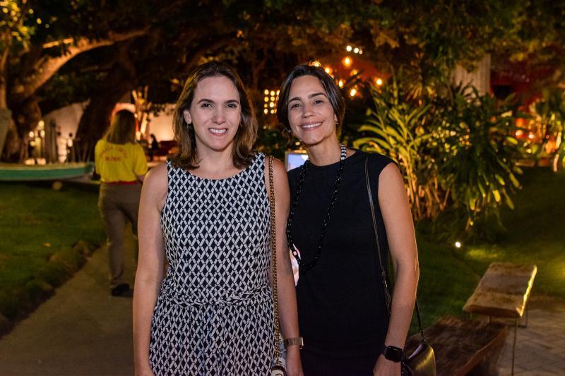 Renata Santos e Karina Studart