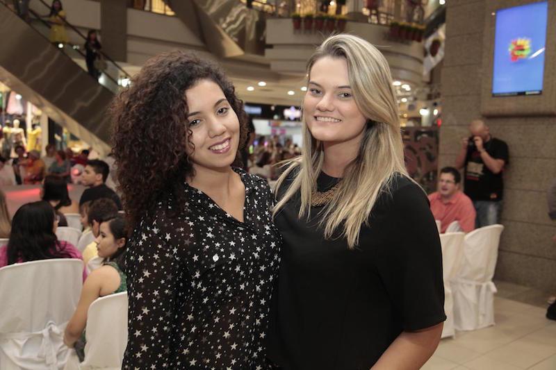 Rayara Rodrigues e Camila Vasconcelos