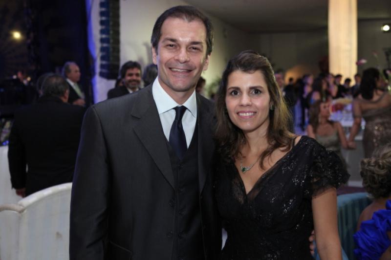 Marcelo Mendes e Claudia Diniz