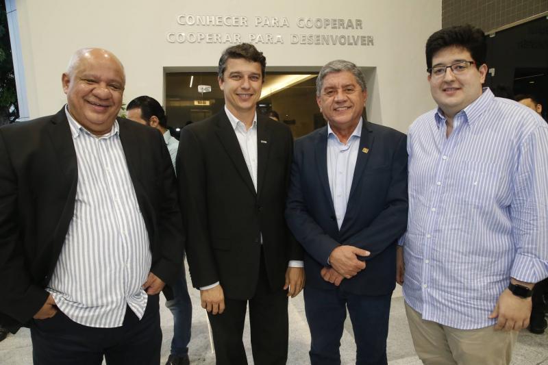 Pedro Alfredo, Andre Siqueira, Sampaio Junior e Yuri Torquato