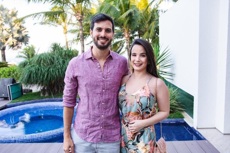 Felipe Brilhante e Karina Vasconcelos