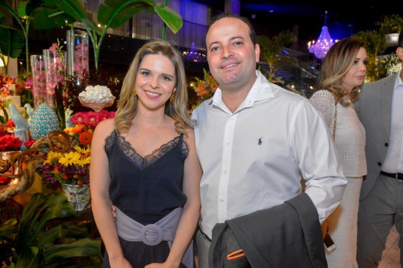 Luciana Aquino e Leonardo Pimentel