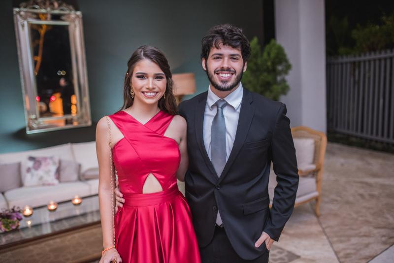 Thayna Barroso e Gabriel Huet