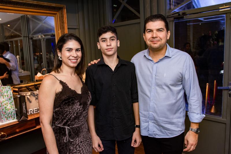 Rita, Arthur e Leonardo Maranhao
