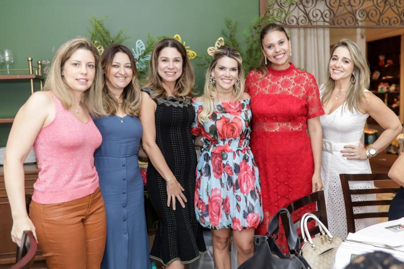 Patricia Cruz, Ingrid Feitosa, Tayrine Moura, Pauliane Campos, Germana Cavalcante, Erica Gomes e Sofia Cruz