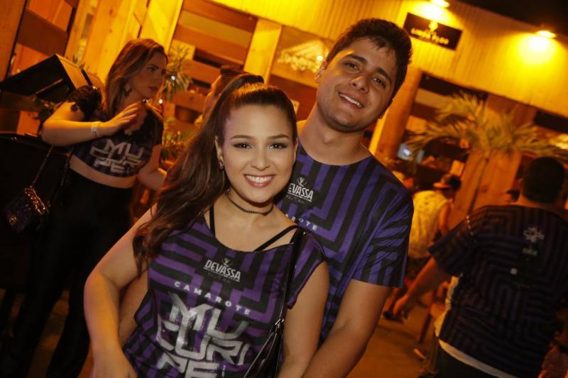 Amanda Uchoa e Roberto Lopes