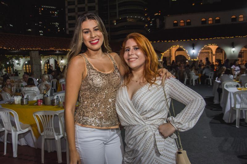 Maria Tereza Poncedeleao e Rafaela Medeiros