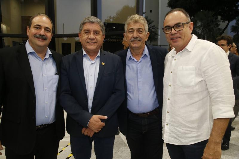 Paulo Andre, Sampaio Junior, Lelio Matias e Elano Guilherme