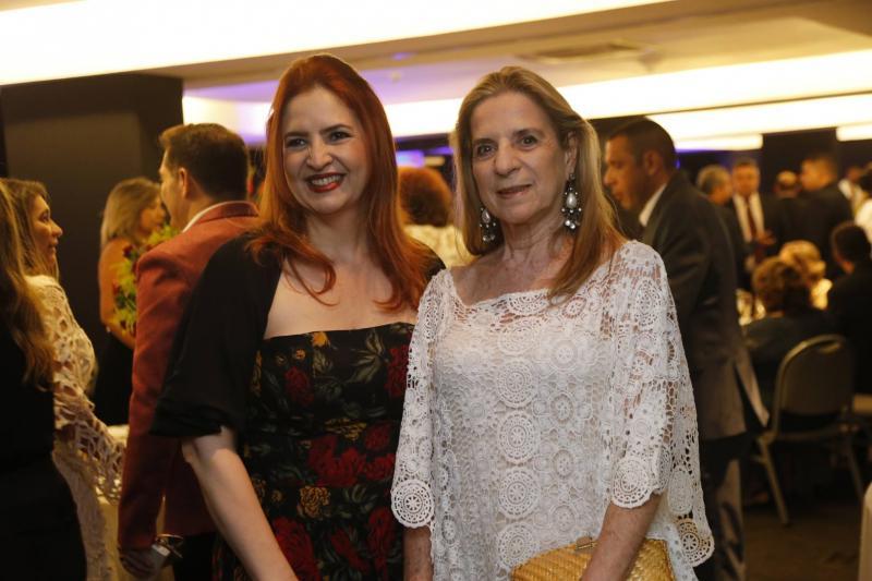 Enid Camara e Anya Ribeiro