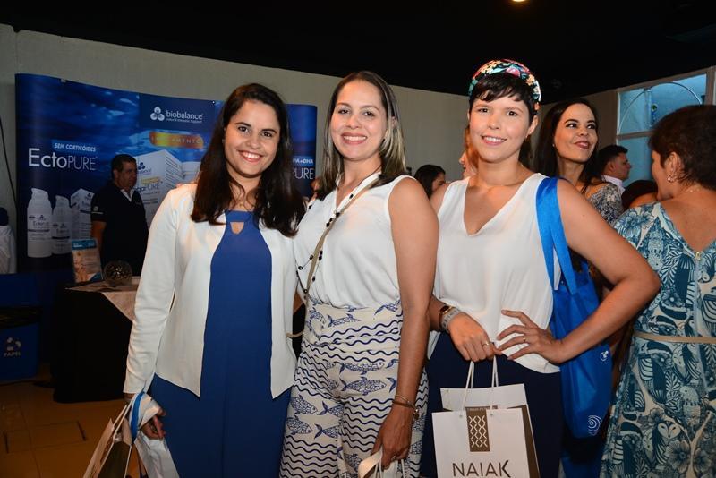 Alexsandra Teh, Thaissa Capelo e Rosy Teixeira