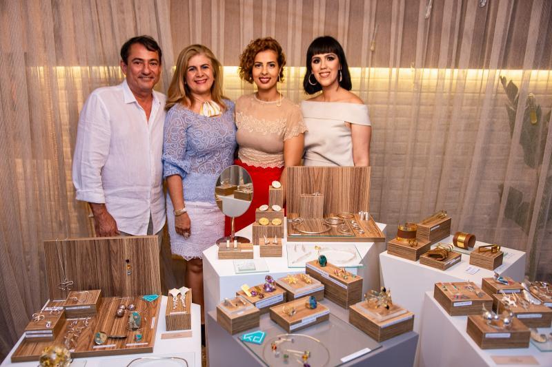 Claudio Quindere, Telma Aguiar, Jamylle Weyne e Carolina Figueiredo