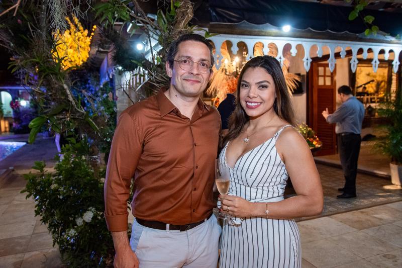 Rodrigo Viriatto e Ingrid Serafiin