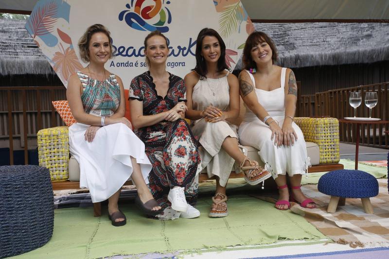 Shirley Hilgert, Fernanda Rodrigues, Ingrid Machado e Helen Ramos 2