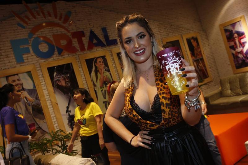 Larissa Almeida