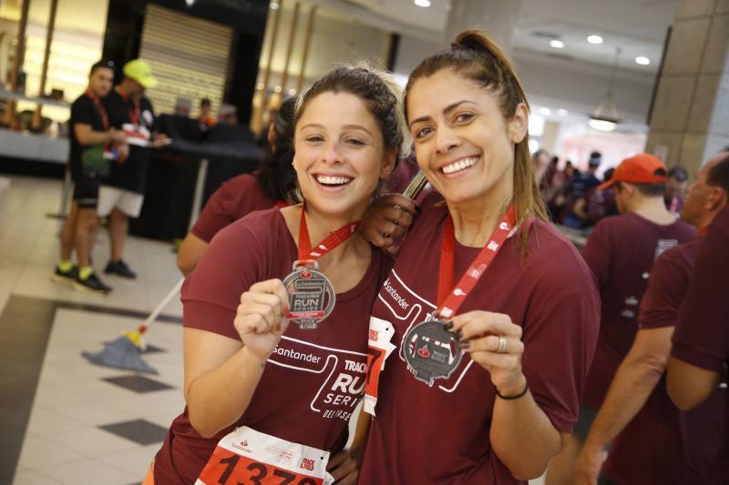 Carol Recamonde e Luciana Lopes
