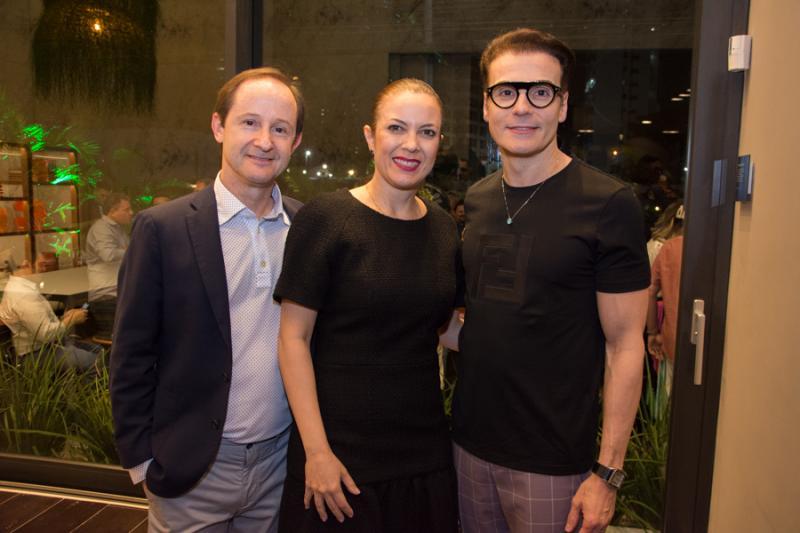 Cesar Cini, Manoela Correia e Rodrigo Maia