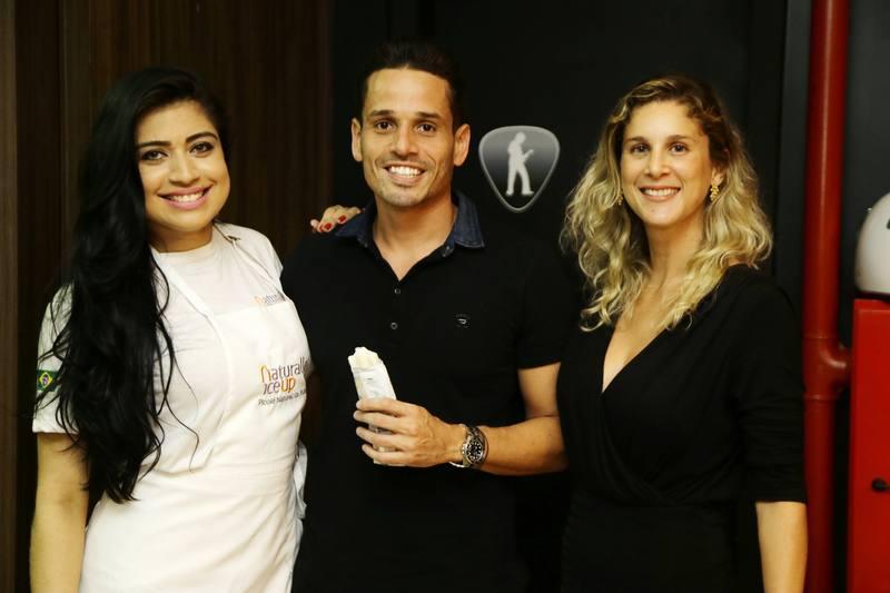 Karen Oliveira, Rafael Sa e July Oliveira