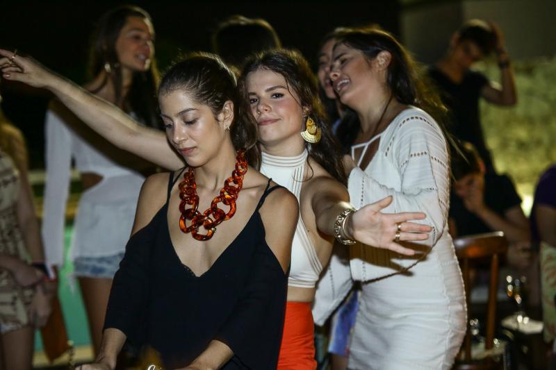 Eugenia Pinto, Leticia Studart e Lara Ximenes